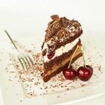 Niemiecki wiśniowy tort szwarcwaldzki